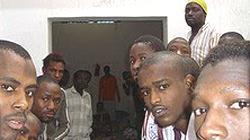 libia-migranti-prigionieri-1