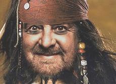 Beppe Grillo capitan Sparrow