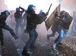 Roma scontri 13