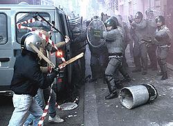 Roma scontri 17
