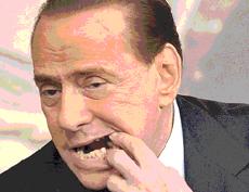 Berlusconi dente rotto