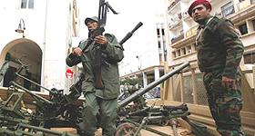 Libia militari con gli insorti