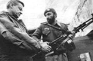 Osama Bin Laden con Zbigniew Brzezinski