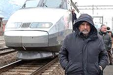 Alberto Perino, leader No-Tav, e il treno Tgv