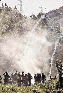 Chiomonte, 3 luglio: diluvio di lacrimogeni sui manifestanti