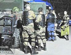 alpini della Taurinense con la polizia a Chiomonte