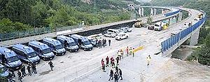 l'autostrada del Fréjus occupata dalla polizia