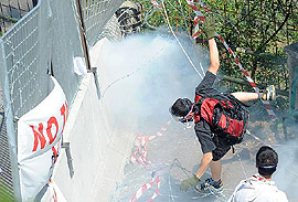 Chiomonte, l'assalto alle barricate del cantiere Tav