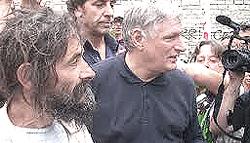 Turi Vaccaro con don Ciotti