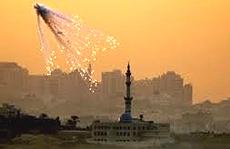 Pioggia di fosforo bianco su Gaza