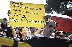giovani in corteo a Roma