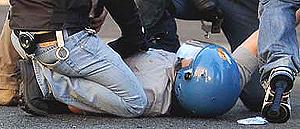 un agente ferito il 15 ottobre a Roma