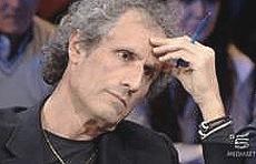 """Paolo Barnard, ospite di """"Matrix"""" il 15 novembre 2011"""