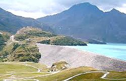 L'enorme diga del Moncenisio