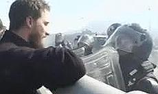"""Il militante No-Tav chiama """"pecorella"""" il carabiniere"""