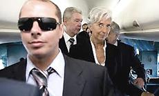 Sullo sfondo, Christine Lagarde