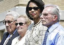 Henry Kissinger, Madeleine Albright, Condoleezza Rice e Frank Carlucci