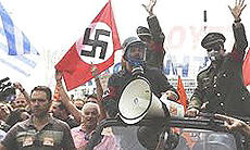 Nuovo nazismo: i greci contro la Merkel