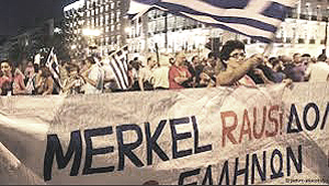 """""""Merkel raus!"""", il """"benvenuto"""" dei greci alla cancelliera"""