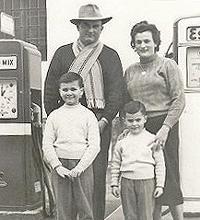 Famiglia Bersani: la foto postata su Facebook