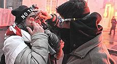 Lione, No-Tav feriti dalla polizia