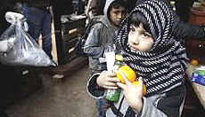 Bambini, la Grecia ridotta in miseria
