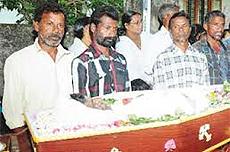 I funerali dei pescatori uccisi