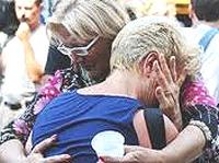 Viareggio, la disperazione dei familiari delle vittime