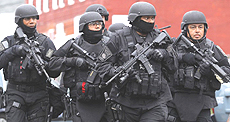 Forze Swat a Boston