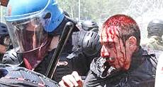 Un militante No-Tav ferito dalla polizia