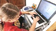 Computer a scuola: bambine a rischio se si usa il wi-fi