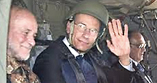Enrico Letta in visita alle truppe in Afghanistan