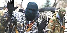 Miliziani neonazisti in azione in Ucraina