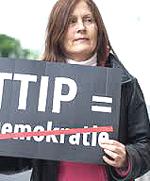 Manifestante: il Ttip uccide la democrazia