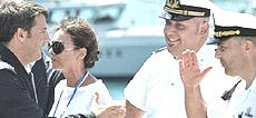 Renzi in passerella a Genova per la Costa Concordia