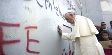 Bergoglio e il muro che separa Palestina e Israele