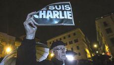 Je suis Charlie, solidarietà per le vittime di Parigi