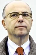 Il ministro Bernard Cazeneuve