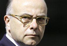 Il ministro dell'interno francese Bernard Cazeneuve