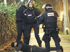 Controlli di polizia a Parigi