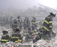 Pompieri nell'inferno dell'11 Settembre