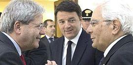 Gentiloni con Renzi e Mattarella