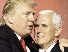 Trump con Mike Pence