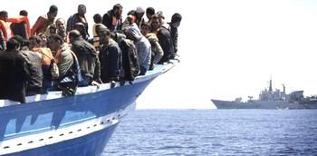 Migranti nel Mediterrano salvati dall'Italia