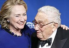 Kissinger con Hillary Clinton