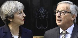 Theresa May con Jean-Claude Juncker
