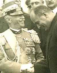 Vittorio Emanuele III con Mussolini