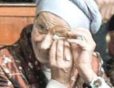 Emma Bonino in lacrime