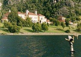 La casa di Lewis sul Lago Escondido