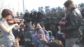 NoTav e polizia antisommossa